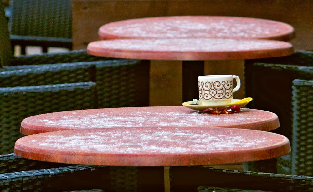 A lone tea cup.